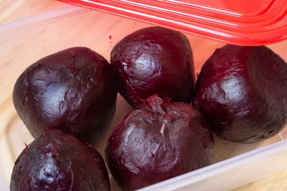 How to Cook Beetroot in the Microwave