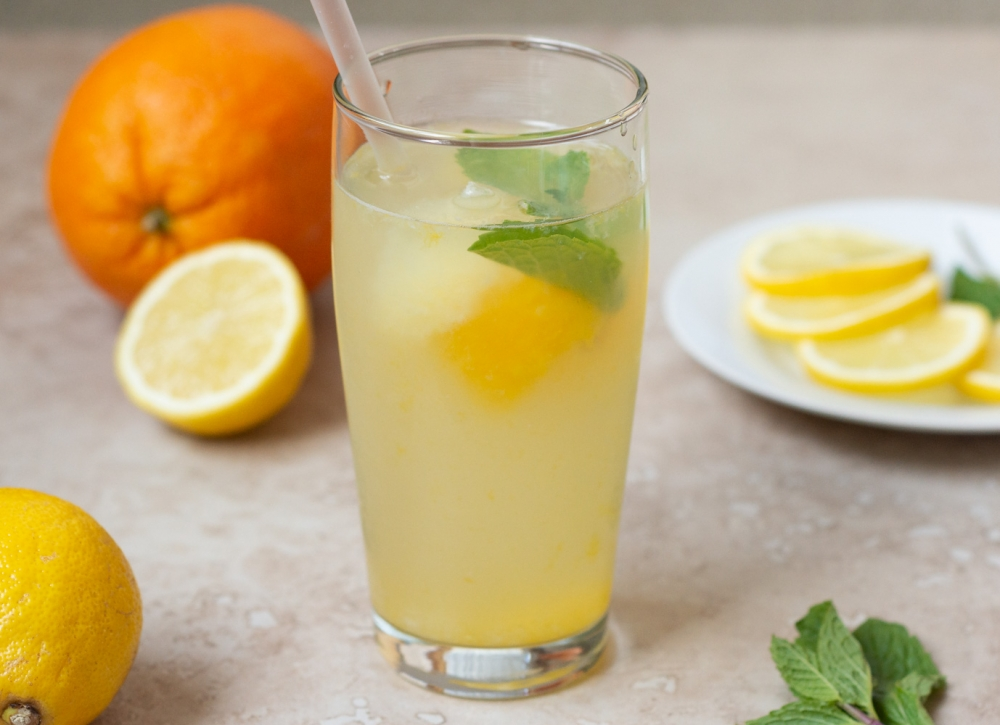How to Make Easy Homemade Lemonade