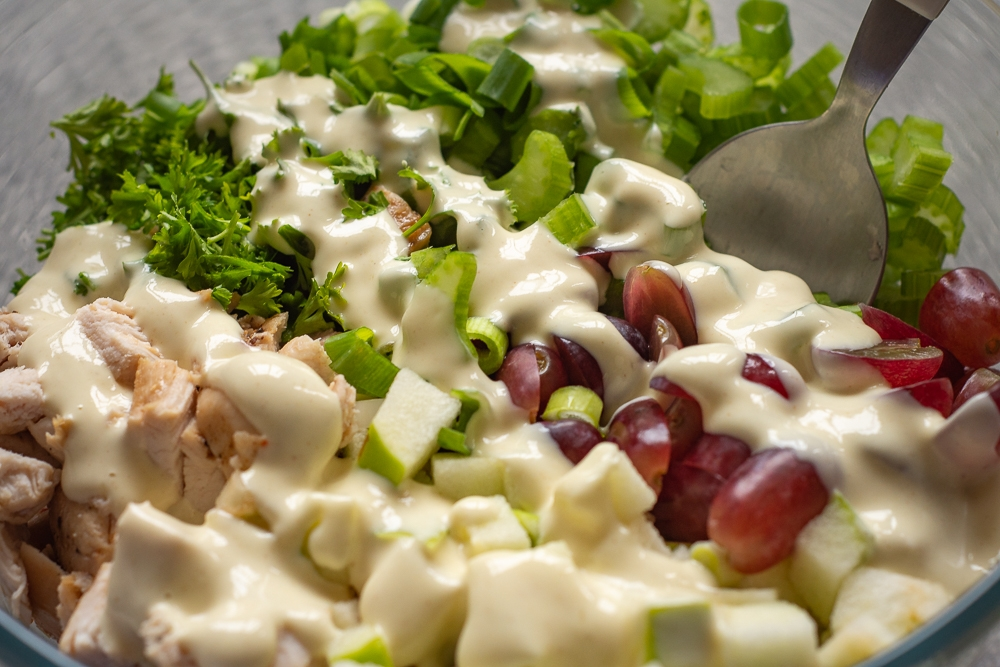 Easy Apple and Grape Salad with Chicken